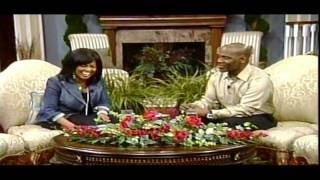 BeBe & CeCe Winans - Close To You--(Live)