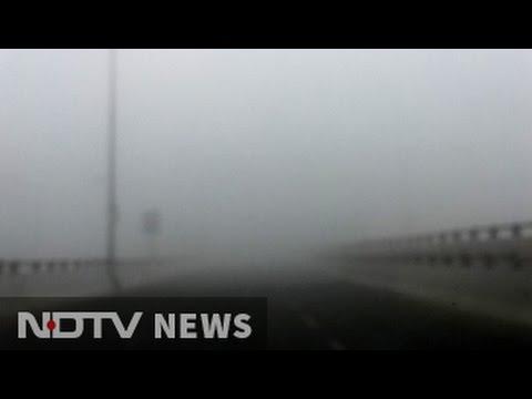 Dense Fog In Delhi, Season's First; Flights Affected
