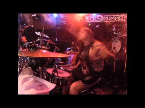 Death metal drummer demonstrates his skills on a live set [6:44
