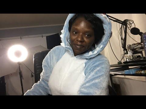 Geneva's Closett & Essie Berry Pajama Jam! LIVE Q&A- Let's Talk!