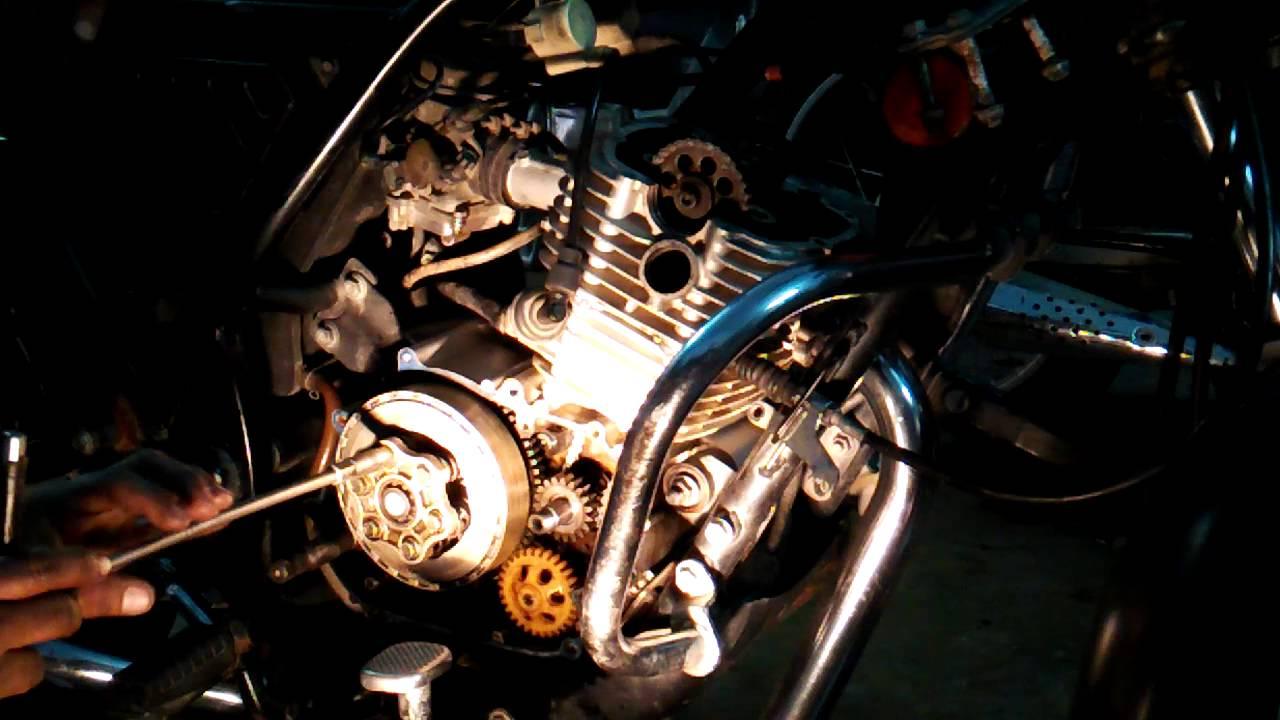 bajaj discover 125 engine repair vedio part 4 youtube. Black Bedroom Furniture Sets. Home Design Ideas