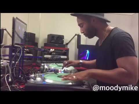 Dj Moody Mike : Money Talk