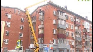 Оттепель заставила коммунальщиков взяться за самарские крыши(, 2017-02-22T09:06:40.000Z)