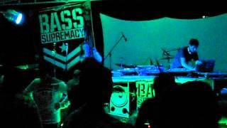 Dubby Dub Selector & MC Troll @ Bass Supremacy Meets Señor Juan