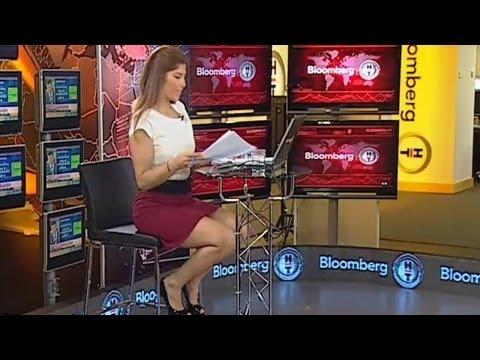 İpek Kaplan Beautiful Turkish Tv Presenter 29.10.2012