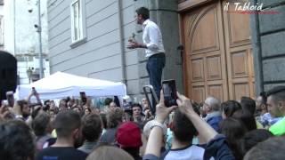 Territorio News  - Alessandro Di Battista a Napoli