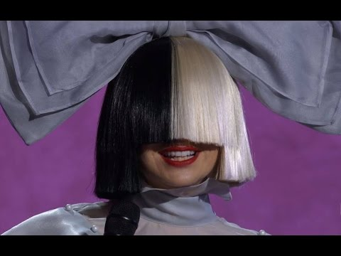 Sia Cheap Thrills & Lyrics A - Idol 2016 with short funny Interview 🎬