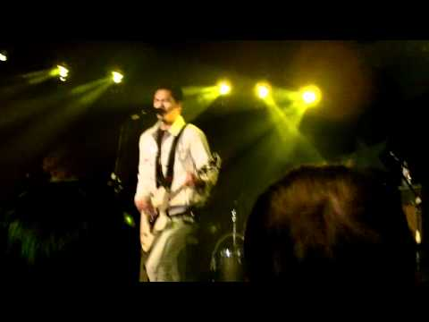 Temper Trap - Rest - Toby Keith's, Mesa, AZ - 2 of 13
