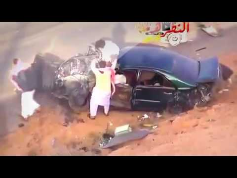 Live Road Accident In India 2017 UAE caught on camera 2016