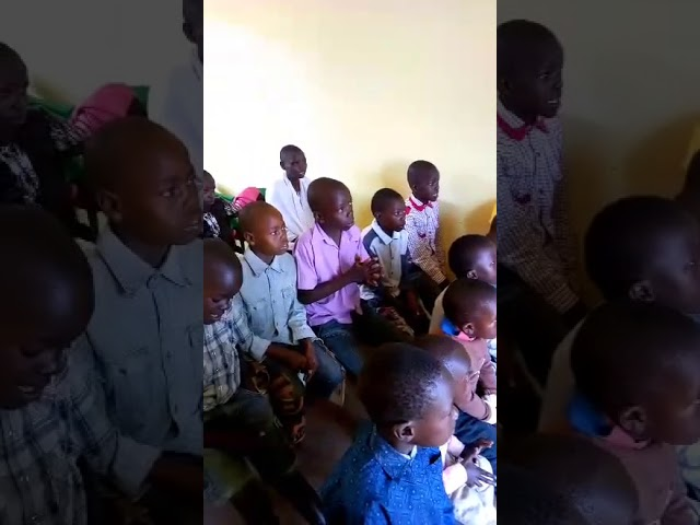 Children in Sunday Fellowship Answering Bible Questions WFF Moi's Bridge Kenya
