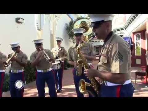 2014 SFFW - 1st Marine Division Brass Quintet and the Party Band  Entertain West Portal