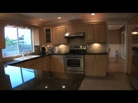 House For Sale: 5021 Woodwards Road, Richmond, BC, Canada