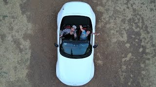 2 HOMBRES + 1 AUTO CHIDO