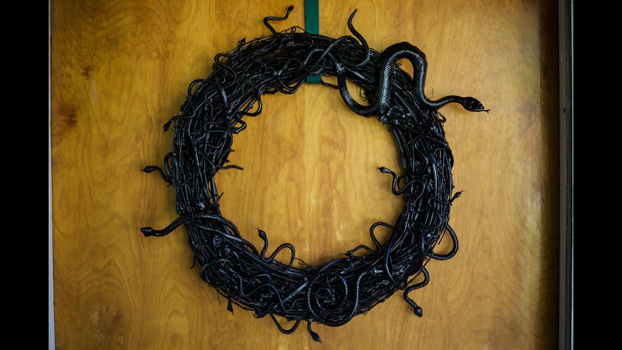 Super Creepy Snake Wreath Youtube