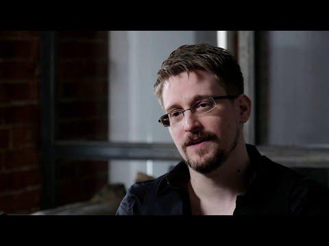 В свет выходит книга бывшего разведчика Эдварда Сноудена, в которой он раскрывает и личные секреты.