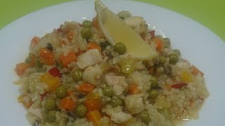 Паэлья с овощами и кальмарами