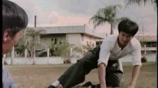 Bruce Lee - Fists Of Fury Fight Scene