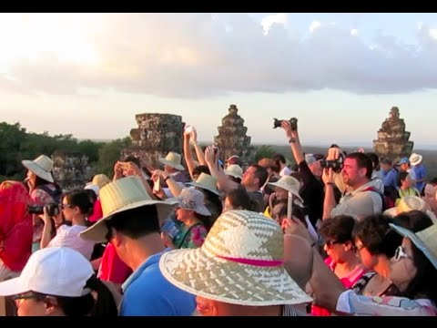Cambodia Vlog: Sunrise & Sunset at Angkor Wat!