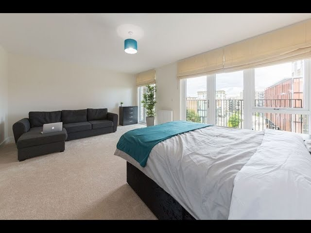 Double Rooms In Shared Apartment- Colindale Main Photo