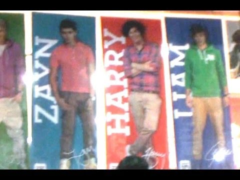 One Direction Store - New York City -  Harry, Louis, Niall, Liam, Zayn