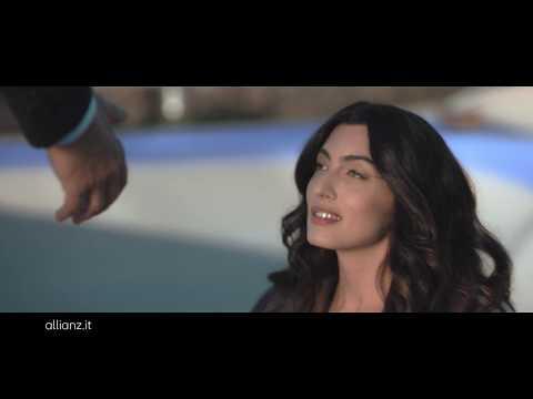 """Allianz - La forza dei nostri agenti - Pattinatrice - Spot 15"""""""