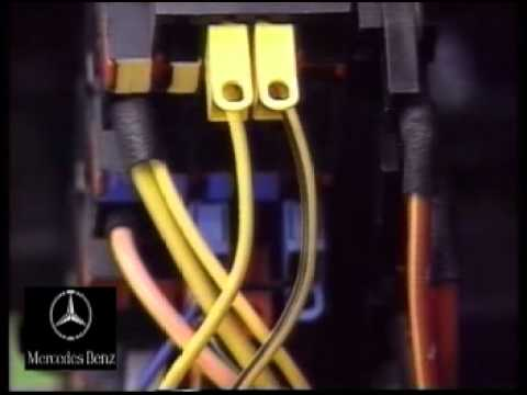 W202 fuse and relay boxes - YouTube