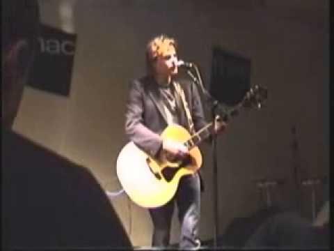 Tom McRae - Fnac instore - April 30th 2005