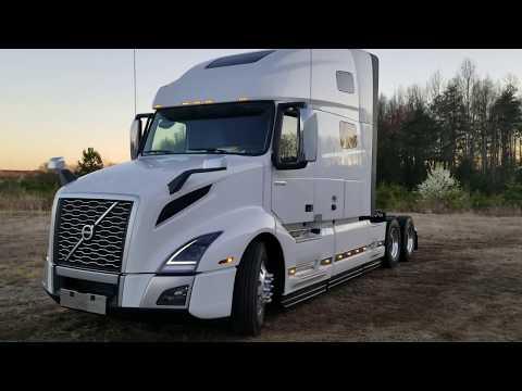 2019 Volvo VNL 760 Semi Truck Full Walkaround Exterior and Interior