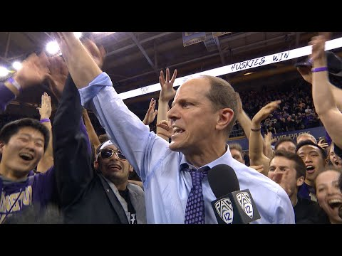 Washington men's basketball coach Mike Hopkins thanks fans, praises Dominic Green: 'Great players...