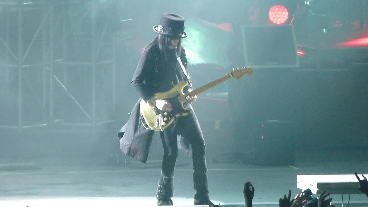 Motley Crue 07 - Too Fast For Love Adelaide, LIVE 21st May 2015 ...