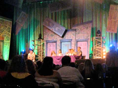 LeakyCon Day 3: Hogwarts Alumni Association, Guiness World Record Attempt, and Book to Movies Panel