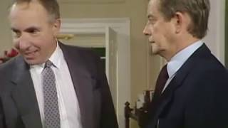 Bernard stands up against Sir  Humphrey | Yes Prime Minister