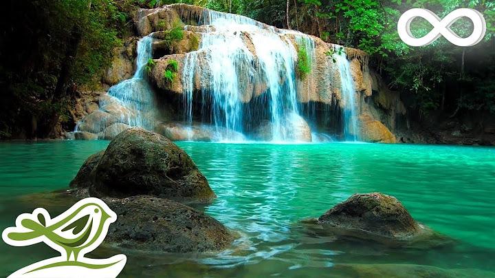 ontspannende zenmuziek met watergeluiden  vredige sfeer voor spa yoga en ontspanning