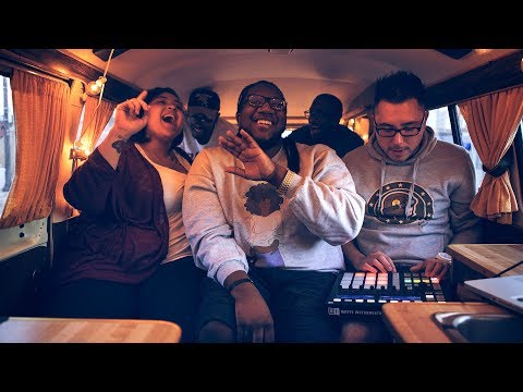 """VDub Sessions // WoRm and family play """"Akeelah Anderson"""""""