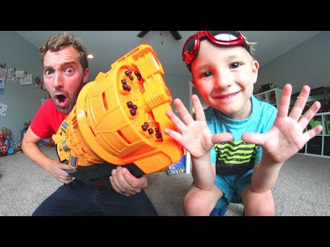 Thumbnail: Father & Son Get 30 DART NERF BLASTER! / SO Gigantic!
