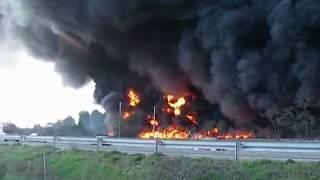 GROS Feu INCENDIE Usine de Pneu Sapeurs Pompier du Var