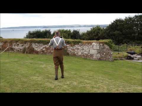 Pendennis Castle - Firing the noon day gun ...