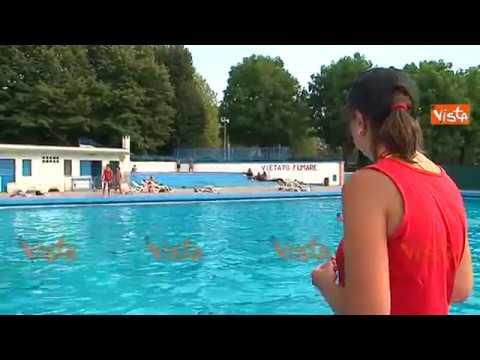 I Bagni Degli Uomini Veri : Ultimi bagni destate per gli amanti delle piscine di torino youtube
