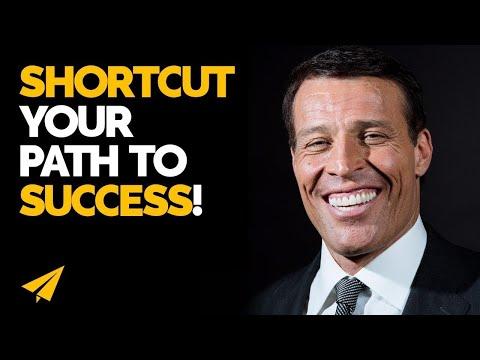 """SUCCESS Leaves CLUES!"" - Tony Robbins (@TonyRobbins) - #Entspresso"
