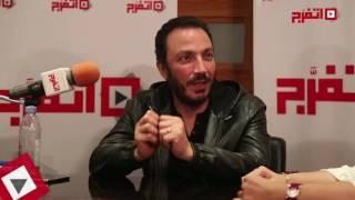 طارق لطفي: استعد لرمضان 2017 بـ«بين عالمين»