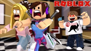 HAIRDRESSER WANTS TO CUT OUR HAIR OFF! (Roblox)
