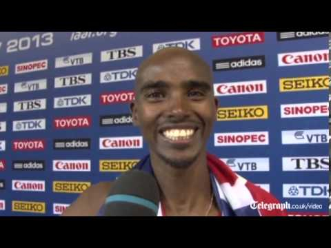 Mo Farah wins 10,000 metres at World Athletics Championships