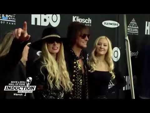 Rock & Roll Hall of Fame - Bon Jovi arriving Red Carpet