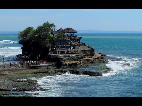 Pura Batu Bolong Bali & Pura Tanah Lot Bali