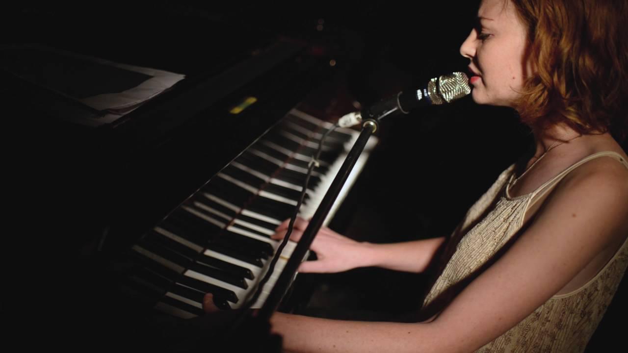 Adi Keshet Cohen   Valentine (Fiona Apple Cover) \ Live@Levontin7