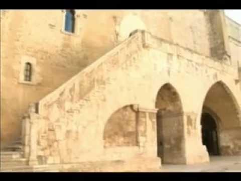 In giro... tra i castelli di Puglia Castel del Monte e Castello Normanno-Svevo di Gioia del Colle