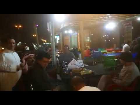 ابناء الخليج والمنطقة في مطعم شعبيات باب المراد بسيهات Youtube