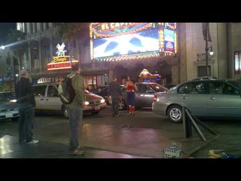 Wonder Woman Pilot Filming - Palicki Picks Up the Action 4/6