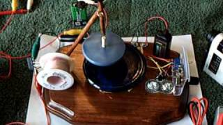 TOP CHARGER-- Runs a Joule Thief  Wirelessly