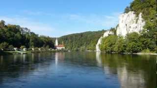 Eine Farbenfrohe Schifffahrt auf der Donau durchs Altmühltal und den Donaudurchbruch